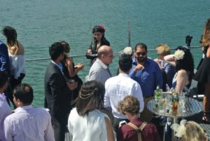 melbourne-cup-cruise-harbour-drinks